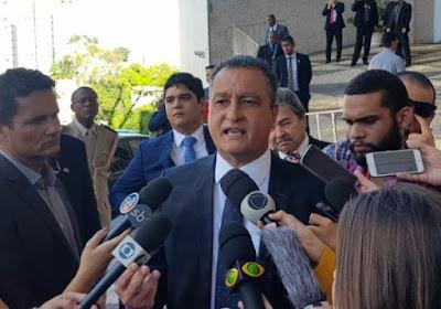 Resultado de imagem para Rui Costa governador da Bahia em coletiva com imprensa