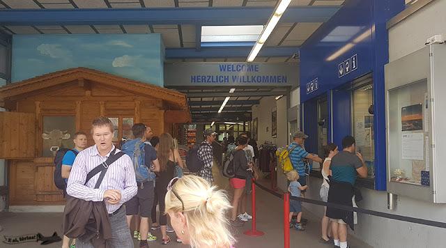 Bilheteria, Estação para Monte Pilatus, Kriens, Lucerna, Suíça