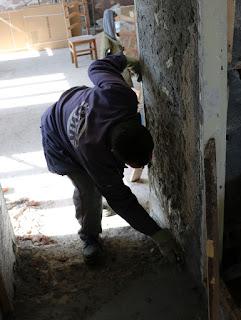 Bekir doing the doorway