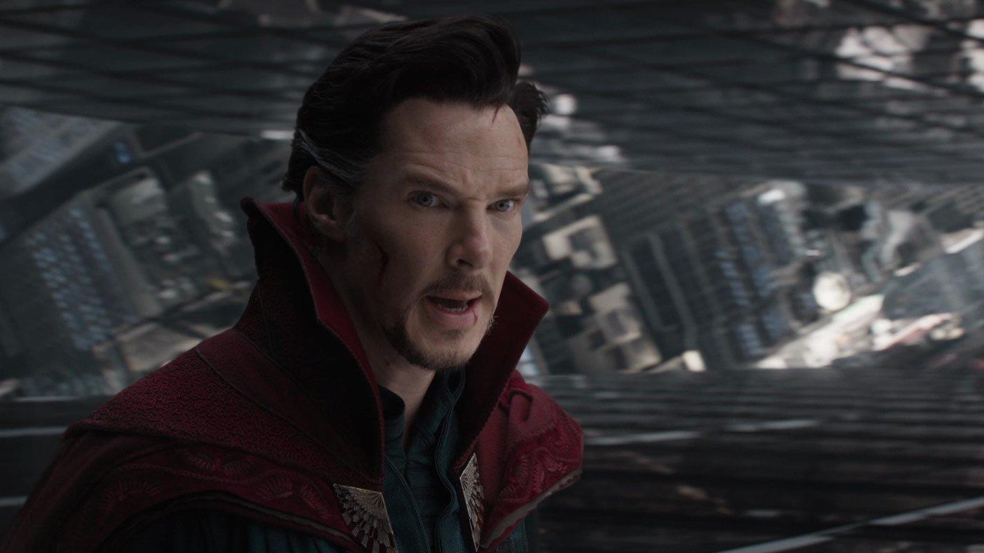 e7eaf7d9182 A Marvel Studios divulgou mais um pequeno teaser de Doutor Estranho no qual  ela vira o mundo de Stephen Strange de cabeça para baixo quando ele passa a  ...