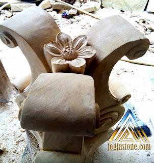Kaki meja batu alam