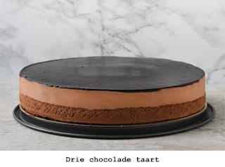 Zachte chocolade biscuit, chocolade mousse en ganache. Ook glutenvrij