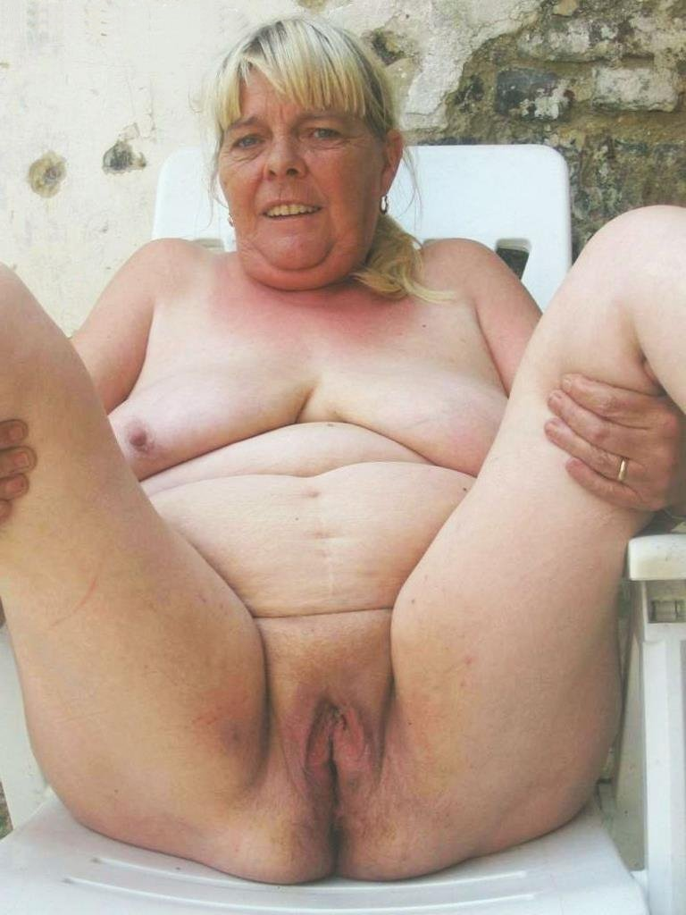 Hot Granny Porn Pictures And Vids - Free Granny And Mature -4494