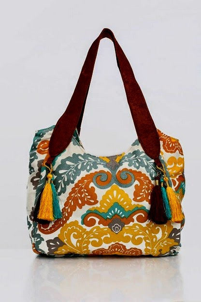 685977410406 Coming up their latest bags collection 2014 it is lovely and eye catching.  Through this bags collection 2014 you will be finding beautiful handbags
