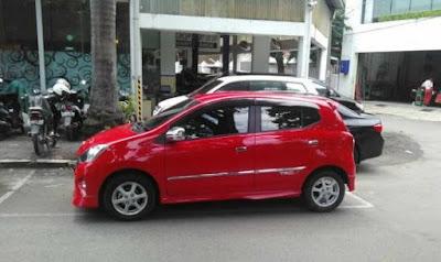 Sewa Mobil Malang Ocheng Rent Car