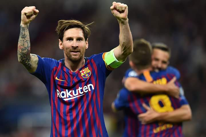 Disalami Messi, Ekspresi Lelaki Ini Buat Fans Tertawa