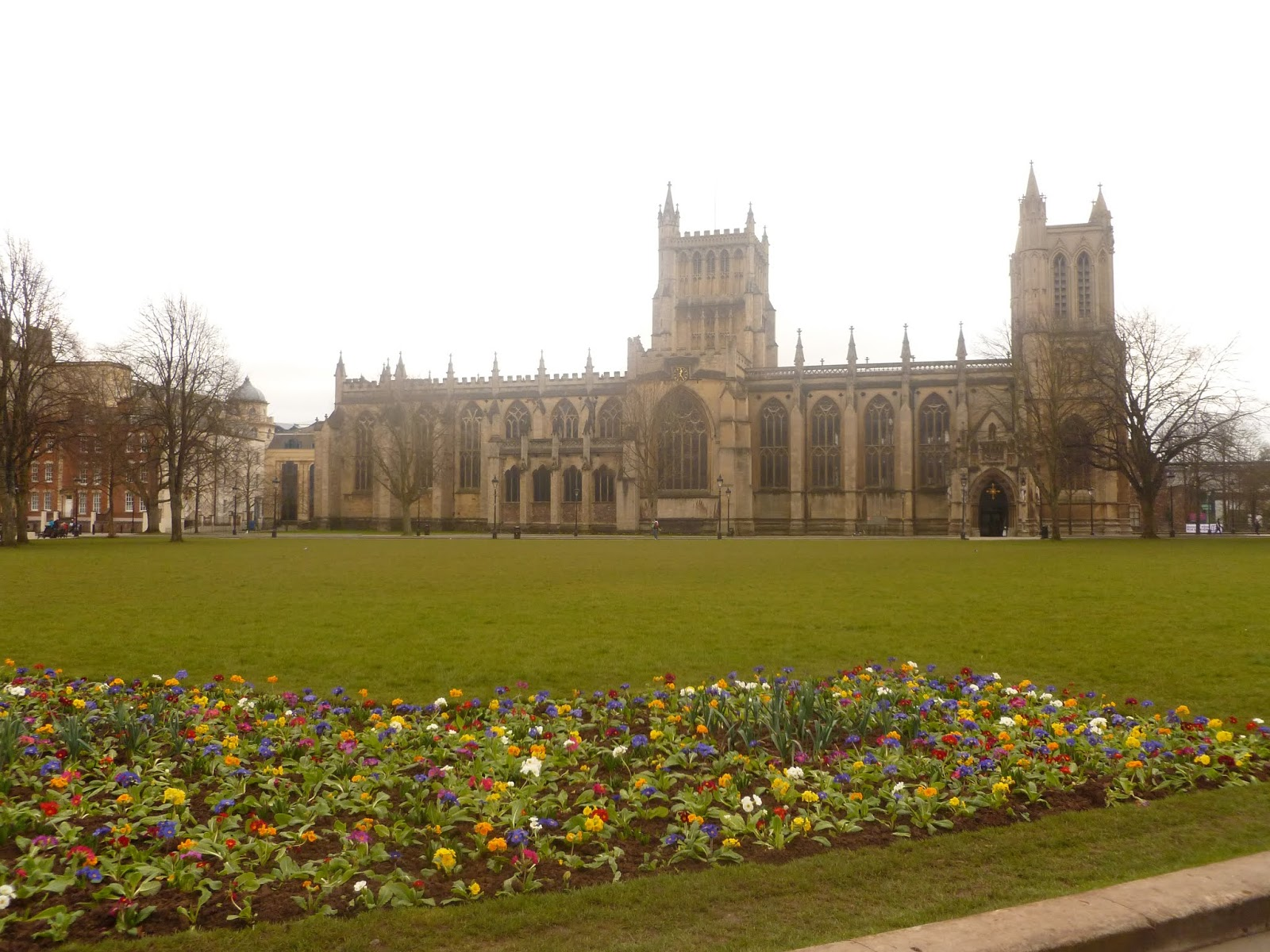 Maggie May City Guide to Bristol Cathedral