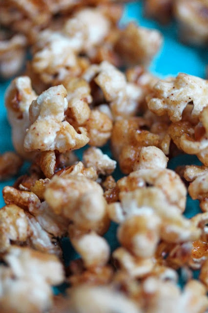 tailgating fun with mariano's #healthy caramel apple popcorn #mymarianos #shop