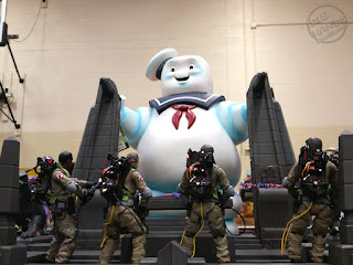Diamond Select Ghostbusters Action Figures Build a Rooftop