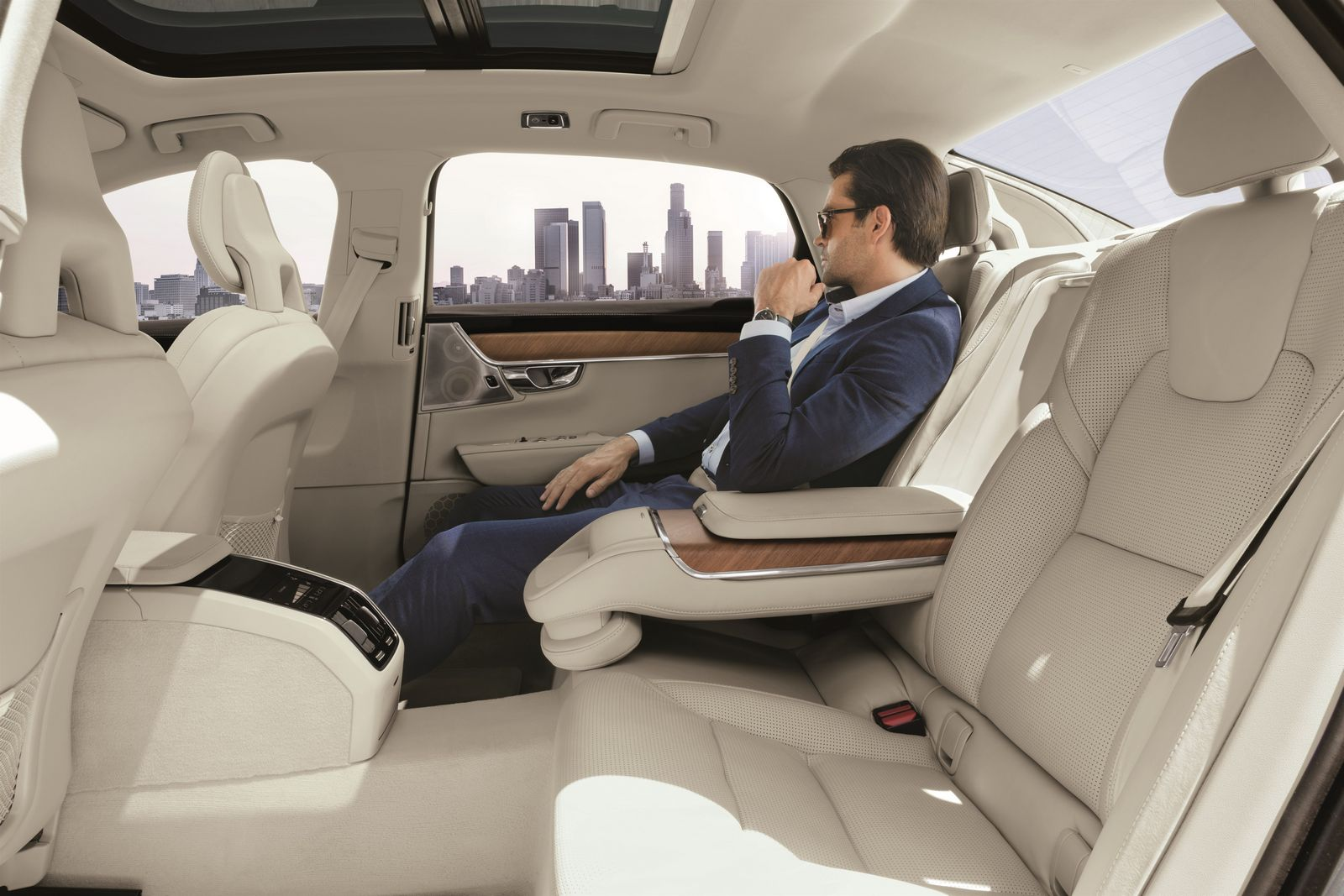2015 - [Volvo] S90 - Page 14 Volvo%2BS90%2BChina%2B5