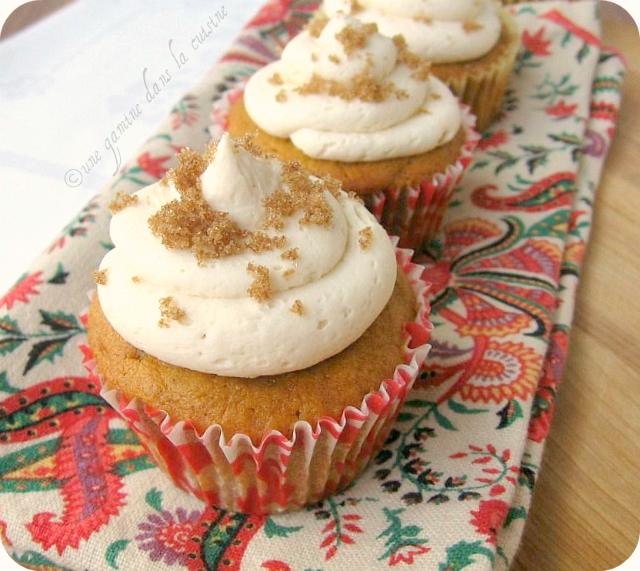 Une Gamine Dans La Cuisine: Pumpkin Cupcakes With Caramel