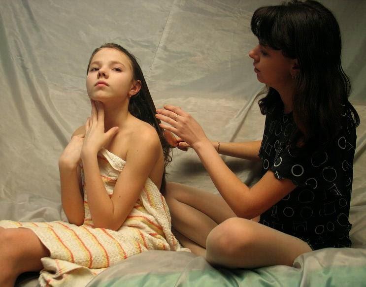 sandra orlow model shower nude