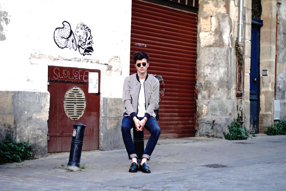 BLOG_MODE_STYLE-homme-masculin-paris-bordeaux-instagrammeur-francais-bomber-raye-olow-tshirt-iro-jeans-levis-mocassins-churchs-lunettes-edwardson-menottes-dinhvan-preppy