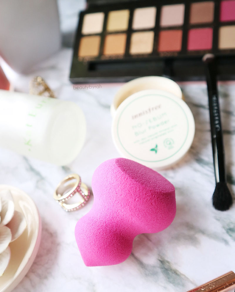 January Favourites Real Techniques Miracle Sculpting Sponge