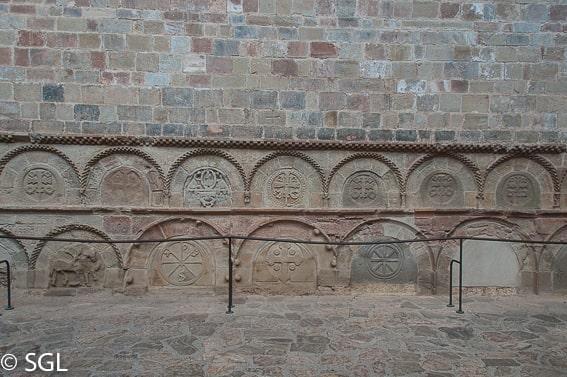 Panteon de los Nobles en el Monasterio de San Juan de la Peña. Huesca