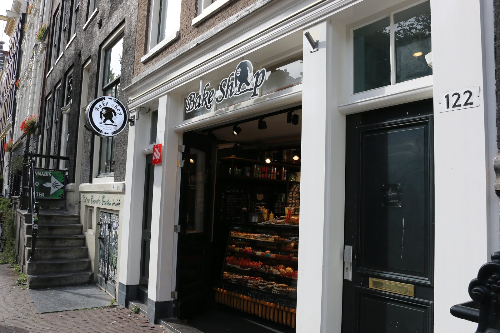 Cannabis Bake Shop Amsterdam