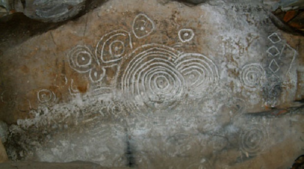 Year old carvings on irish cairn record eclipse