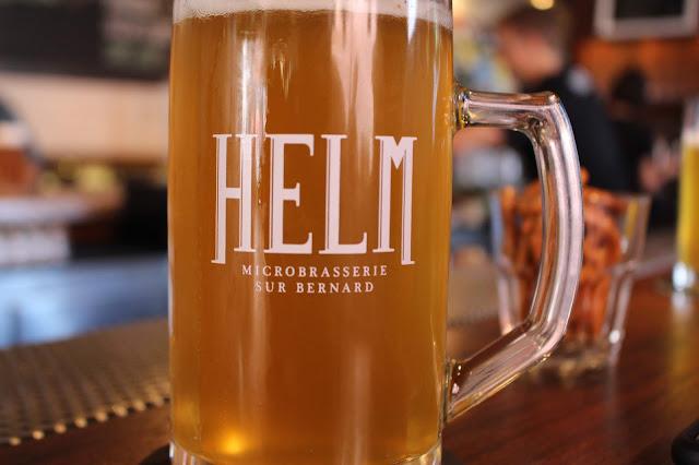 Helm: La brasserie sur Bernard