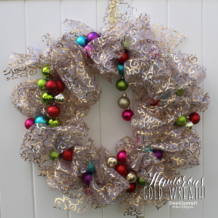 Doodlecraft Sparkly Ornament Christmas Wreath
