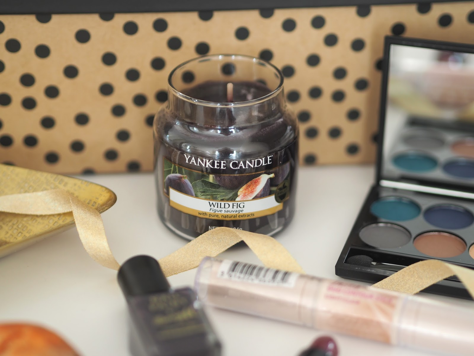Autumn Giveaway, Katie Kirk Loves, UK Blogger, Fashion Blogger, Beauty Blogger, Giveaway, Prize, Competition, Win This, Lush Cosmetics, Lush Sparkly Pumpkin, Blog Giveaway, Make Up Revolution, Sleek Make Up, Barry M, Yankee Candle