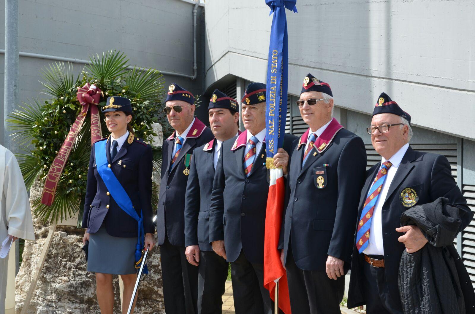 ANPS DI BARI: 166° Anniversario della Fondazione della Polizia di Stato