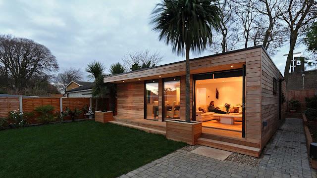 небольшой дом с террассой