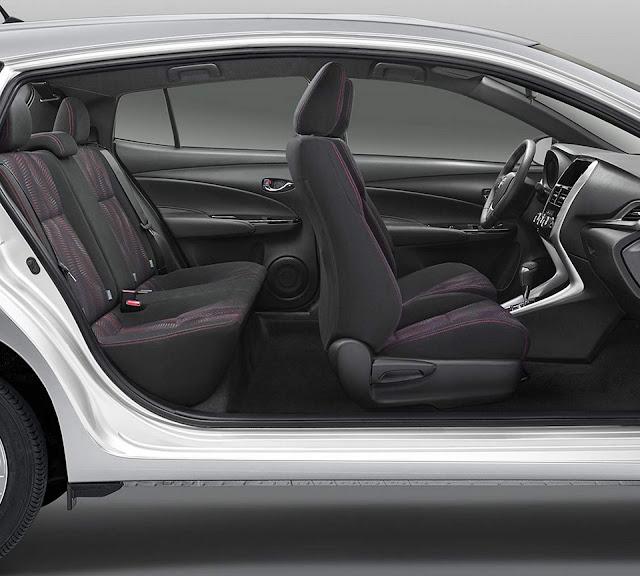 Novo Toyota Yaris Sedan 2019 - interior