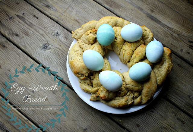 #Easter #Eggs #EasterBread #EggWreath #EggWreathBread #Homemade #Recipe