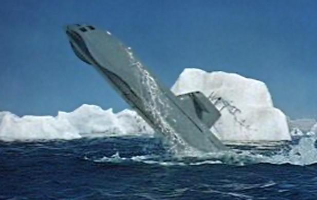 подводная лодка вылетает из воды видео