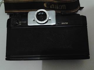 Canon F-1 bagian belakang