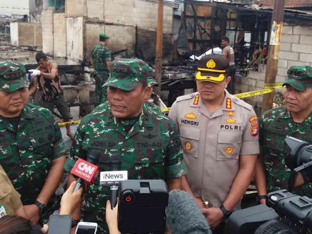 Hengki Haryadi Dampingi Joni Supriyanto Tinjau Lokasi Kebakaran Tomang