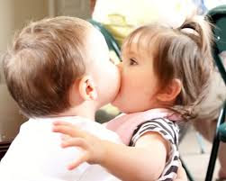 Top latest hd Baby Boy to Girl frist kiss images photos pic wallpaper free download 5