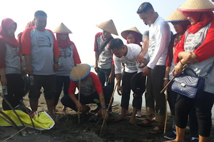 Relawan Cakra 19 #jokowilagi mendeklarasikan dukungan pada Joko Widodo - Ma'ruf Amin