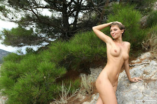 Ordinary Women Nude - rs-C_021-746291.jpg