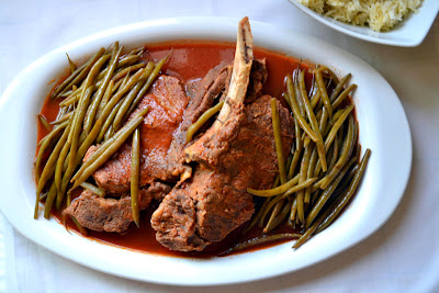 A true family heirloom, fasulye is a Turkish green bean stew with meat that is simple and comforting. Simmered in tomato broth, we like to serve fasulye with Jasmine rice.