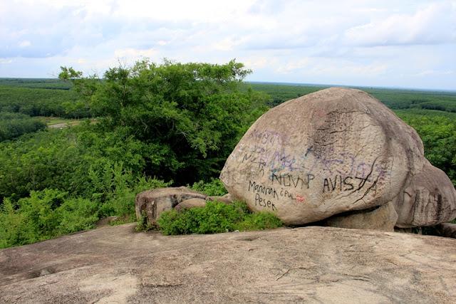 batu granit tanjung bintang