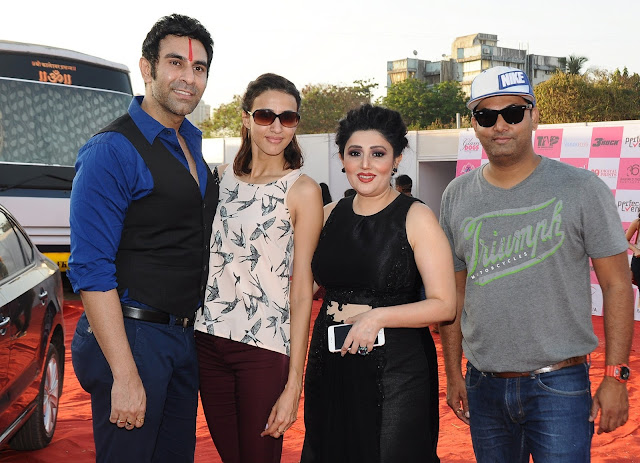8. Sandip Soparkar with Alicia Raut, Archana Kochhar and Aarnavv