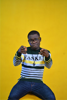 """7 - SKIP - ZEE releases hot new pictures in anticipation of his debut single """"HOLIDAY"""""""