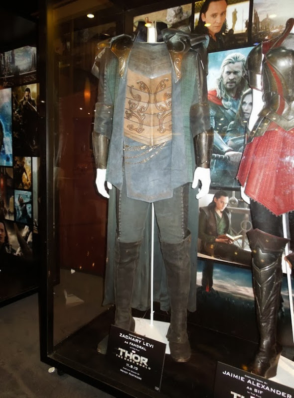 Zachary Levi Fandral costume Thor The Dark World