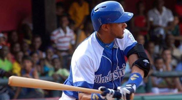 El cubano Yuliesky Gurriel ya fue declarado agente libre y puede firmar para cualquier equipo de Grandes Ligas.