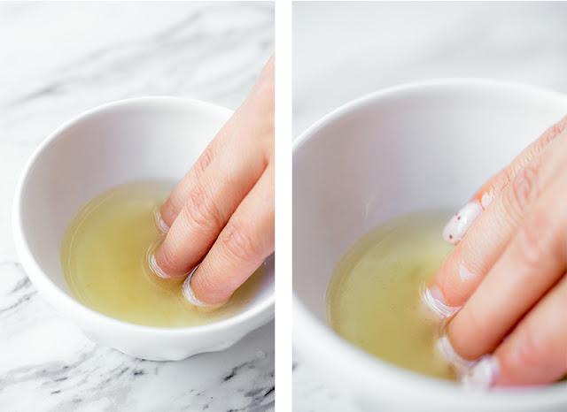 Mách bạn cách chữa móng tay dễ gãy bằng dầu ô liu