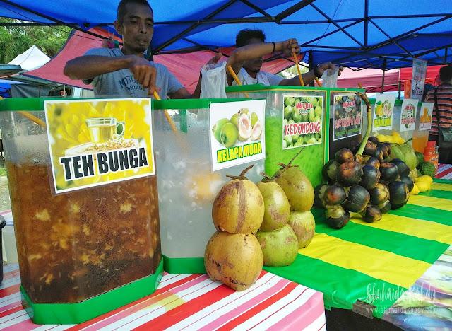 air kelapa laut man java di pasar ramadan