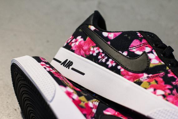 super popular ad51e d2826 Nike Air Force 1 AC GS Floral