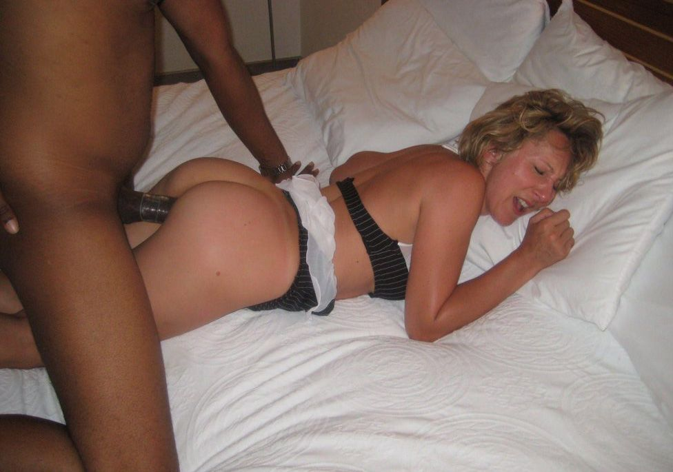 Free pictures hot wife over — img 14