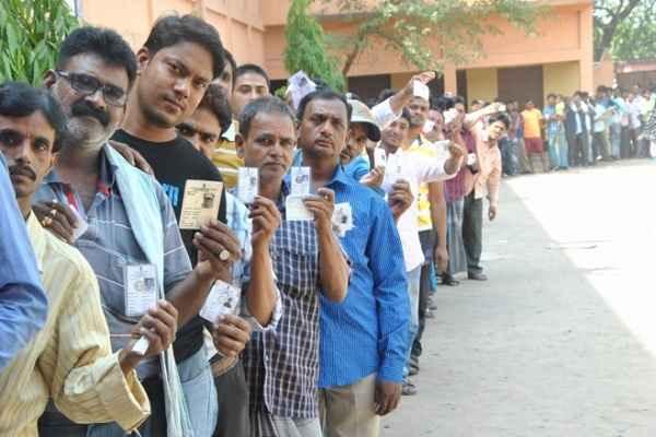 असम में उपचुनाव के लिए मतदान जारी, मुख्यमंत्री सोनोवाल की रिक्त हुई सीट पर भी मतदान