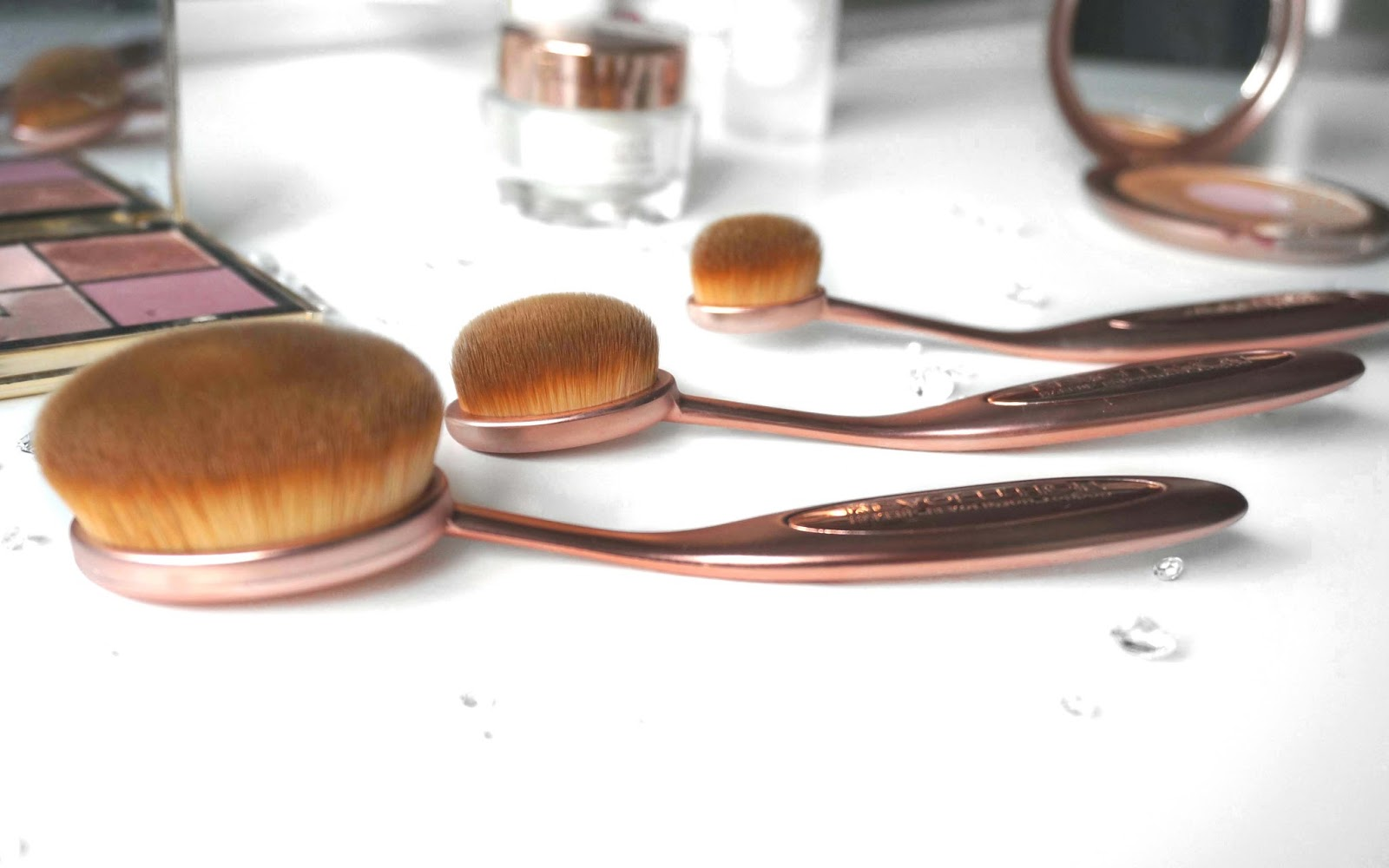 Contouring Oval Brush by precision #6