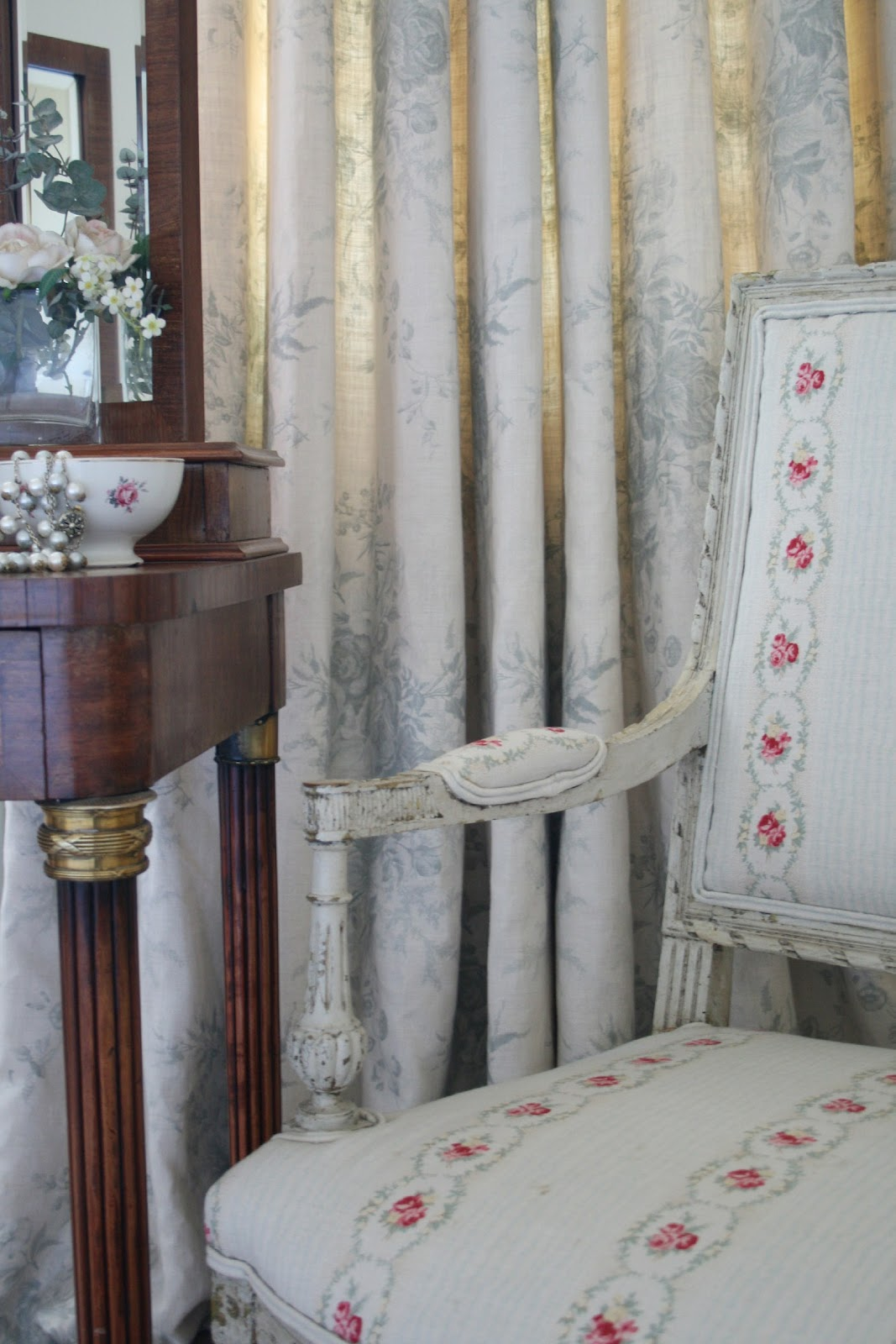 victorianage shabby chic on friday chapter 30 shabby goes romantic. Black Bedroom Furniture Sets. Home Design Ideas