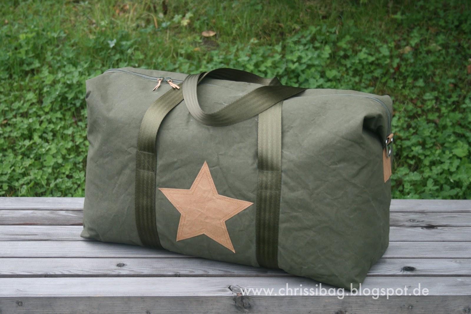 Emblem Duffle Bag - Mein Weekender! - chrissibag
