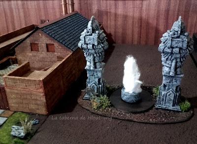 Estatuas de los enanos  junto a la cervecería