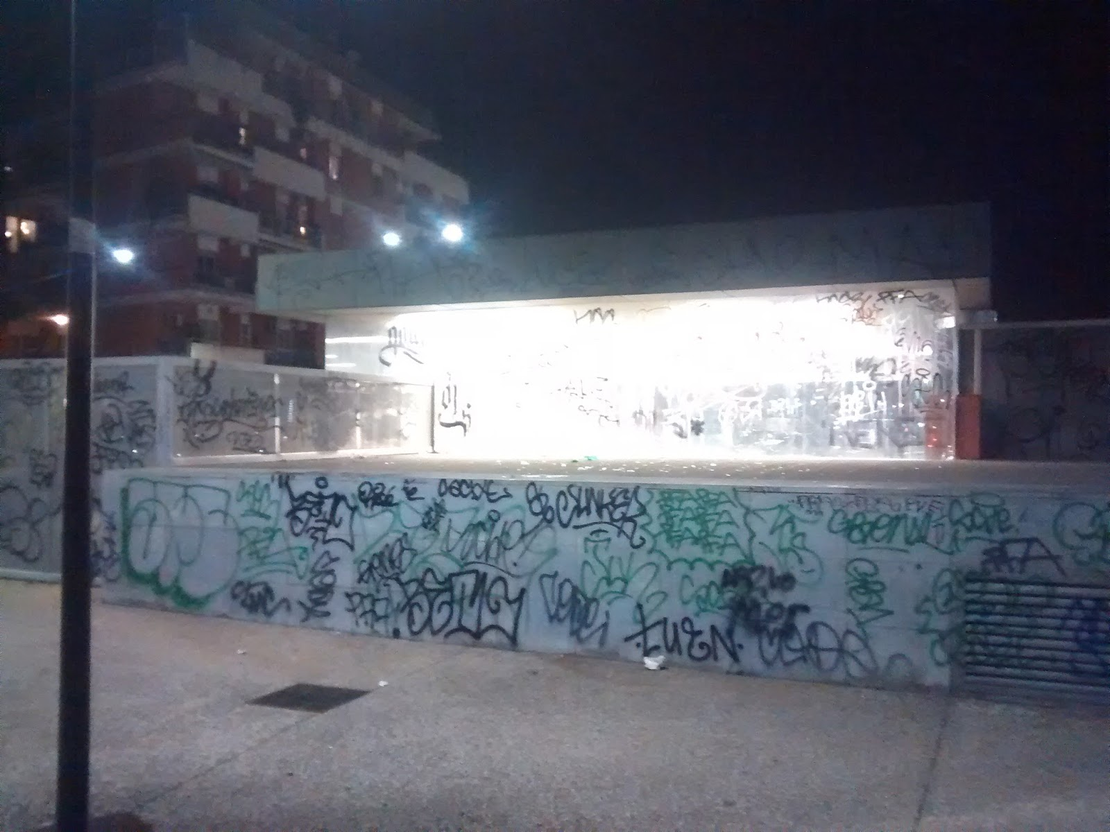 Pareti Doro : Tg roma talenti: brutalmente vandalizzata la stazione conca d oro